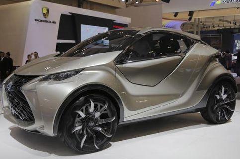 Lexus Siapkan Dua Kejutan Agustus Mendatang