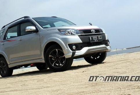 """Rush """"Setengah Nyawa"""" SUV Toyota"""