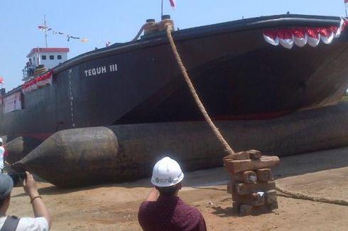 Percepat Pembersihan Eceng Gondok, Pemerintah Operasikan 3 Kapal Keruk