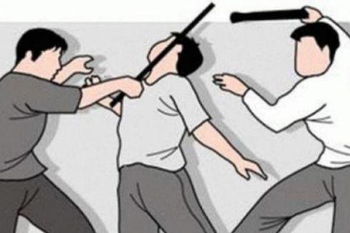 Tanda Pangkat di Seragam Selamatkan Polisi Ini Saat Dibacok Pelajar