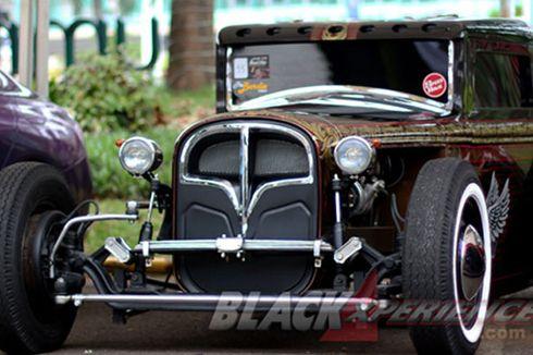 Mobil Modif Terkeren Mejeng di BlackAuto Battle Pekanbaru
