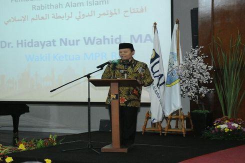 Hidayat Nur Wahid: Pendidikan Menguatkan Pemikiran Islam yang Moderat