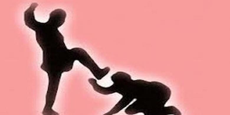 Hasil gambar untuk Bela Wanita yang Dilecehkan Seksual, Seorang Polisi Dihajar Pria Mabuk