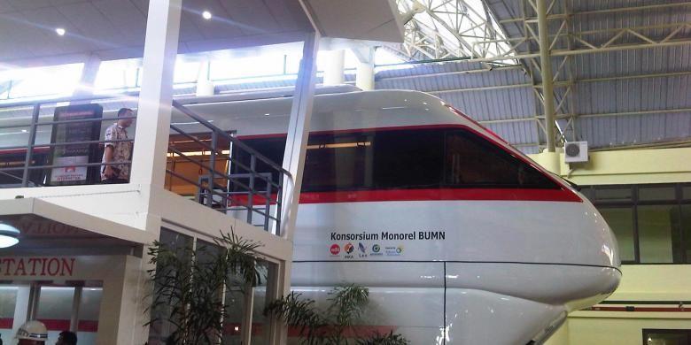 Gerbong monorail buatan PT INKA.