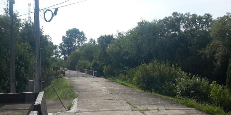 The Bridge of No Return di DMZ yang juga menandakan garis perbatasan antara Korut dan Korsel. Jembatan ini dulunya digunakan sebagai tempat pertukaran tawanan pada akhir Perang Korea 1953.