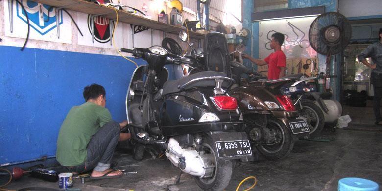 Bengkel spesialis Vespa dan Piaggio mtik yang berlokasi di Jalan Layur Pulogadung Jakarta TImur