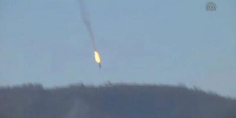Jet Rusia, Su-24 ditembak jatuh pesawat Turki F-16 pada Selasa (24/11/2015).