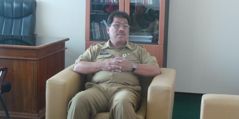 Kepala Badan Kepegawaian Daerah (BKD) DKI Jakarta Agus Suradika saat ditemui wartawan, di Balai Kota, Senin (6/6/2016).