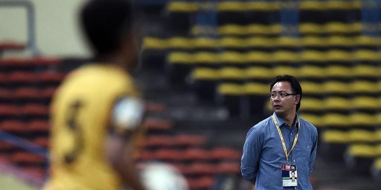 Ong Kim Swee mendampingi Malaysia saat melawan Arab Saudi pada Pra-Piala Dunia Zona Asia, 8 September 2015.