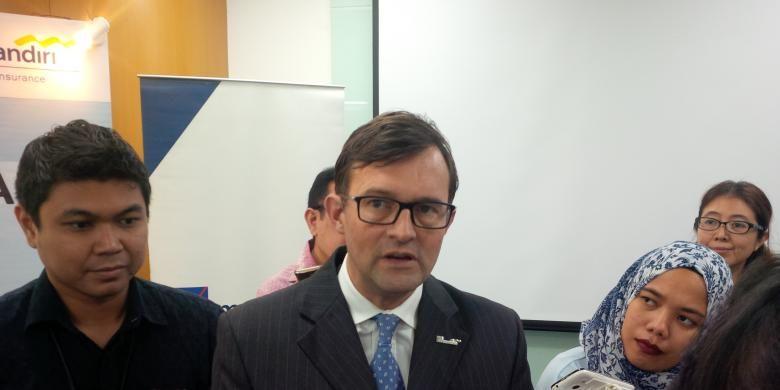 Presiden Direktur AXA Mandiri Jean Philipe Vandenschrick.