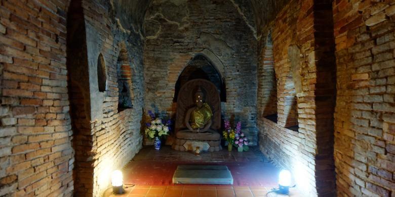 Mayoritas kuil di Thailand dibuat sangat megah, dengan pagoda emas menjulang tinggi. Namun lain halnya dengan Wat Umong.