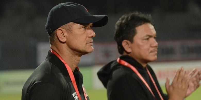 Pelatih Madura United (MU) Gomes de Olivera menilai lini depan MU masih bermasalah untuk mencetak gol.