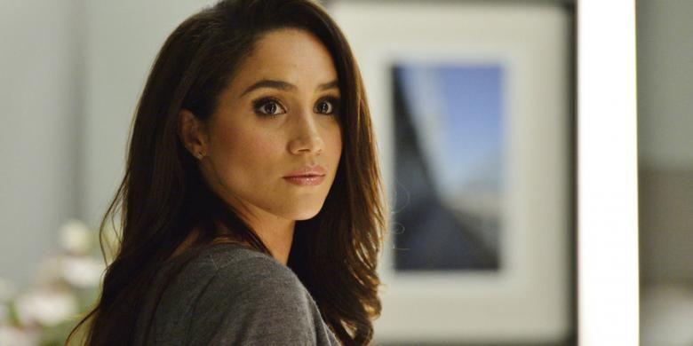 Artis peran Meghan Markle berperan sebagai Rachel Zane dalam film seri Suits. Ia menjadi aktris paling banyak dicari di Google sepanjang 2016.