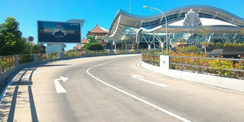 """11 Penerbangan di Bandara Ngurah Rai Ditunda Akibat Candaan """"Pesawat Akan Meledak"""""""