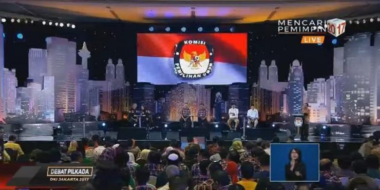 Suasana debat pertama Pilkada DKI Jakarta, Jumat (13/1/2017).