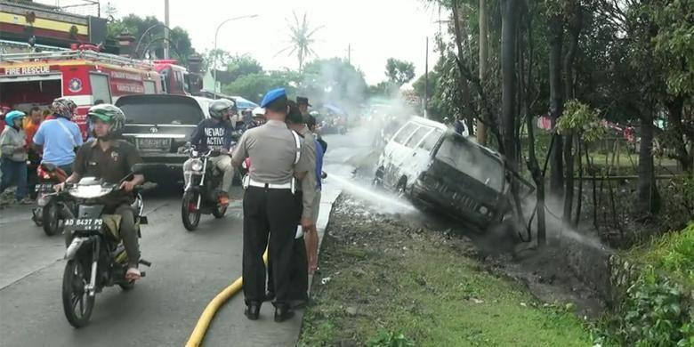 Faktor Eksternal Penyebab Mobil Terbakar