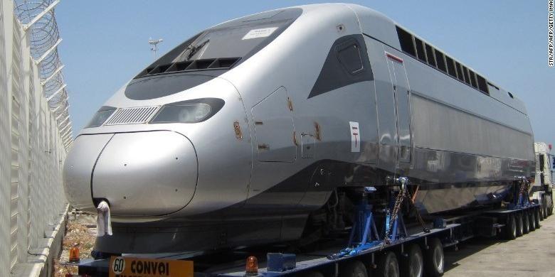 Kereta di Maroko ini dua kali lebih cepat ketimbang Kereta Gautrain di Afrika Selatan yang diluncurkan pada 2012 dan tidak sesuai kriteria untuk kereta berkecepatan tinggi.