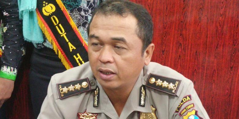 Kabid Humas Polda Jatim, Kombes Frans Barung Mangera