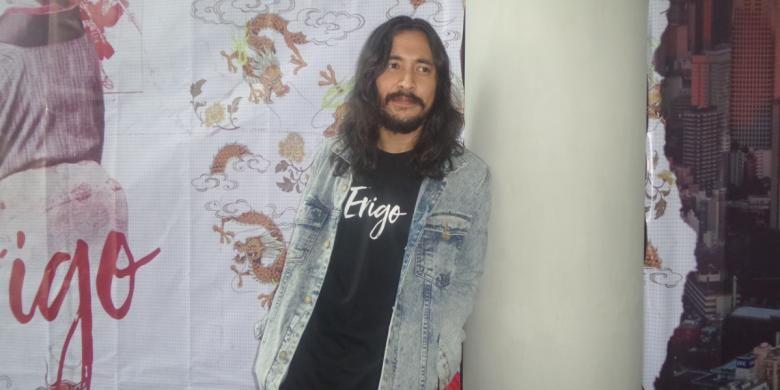 Marcello Tahitoe atau Ello berpose untuk media di Artotel, Jakarta Pusat, pada Senin (20/2/2017).
