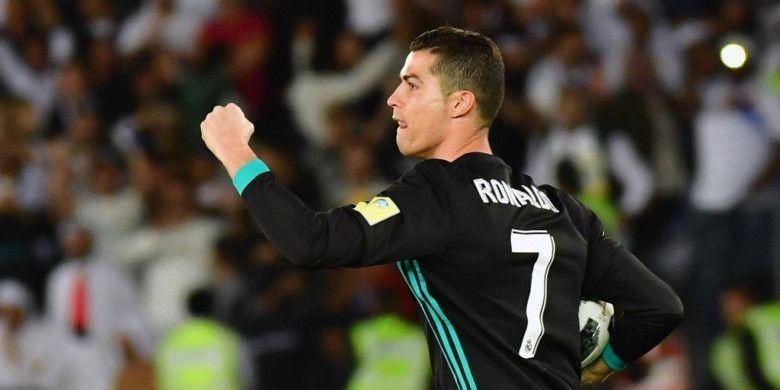 Megabintang Real Madrid, Cristiano Ronaldo, merayakan gol yang dia cetak ke gawang Al Jazira dalam laga semifinal Piala Dunia Antarklub di Stadion Sheikh Zayed Sports City, Abu Dhabi, Uni Emirat Arab, pada 13 Desember 2017.