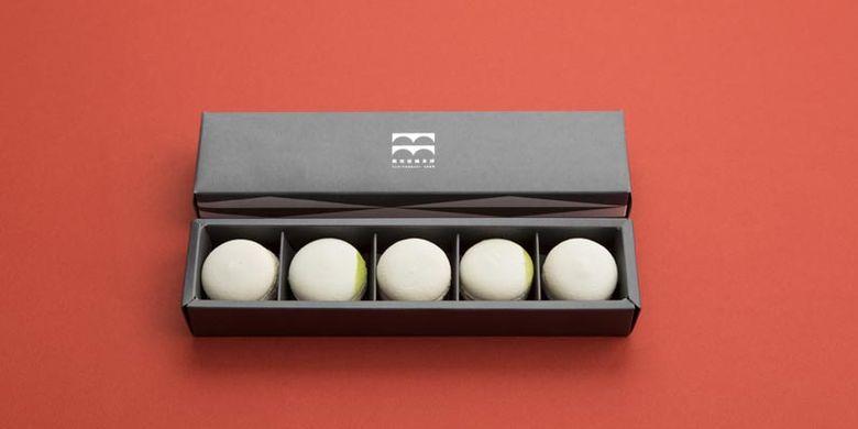 Produk Shiroi Macaron dibuat di bawah pengawasan chef restoran terkenal di Ginza, Mutsukari.