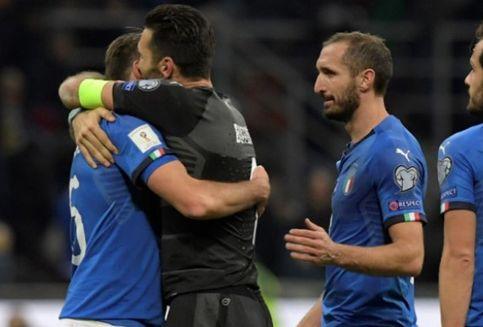 Bukan Cuma Buffon, Barzagli dan De Rossi Juga Pensiun