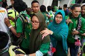 Suami dari Palembang, Istri dan Anak dari Surabaya, Bertemu di Bandung demi Persebaya
