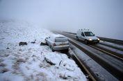 Cuaca Buruk dan Salju Lebat Lumpukan Perjalanan Transportasi di Eropa