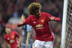 Merasa Masih Dibutuhkan Man United, Fellaini Abaikan Komentar Negatif
