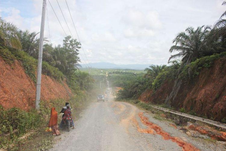 Kawasan di wilayah perbatasan Kecamatan Seimenggaris, Kabupaten Nunukan, menjadi sasaran program TNI Manunggal Masuk Desa ke-99 pada tahun 2017. Selain membangun infrastruktur jalan dan jembatan, pada TMMD tahun ini, taman wifi dan taman baca akan dibangun di wilayah perbatasan.