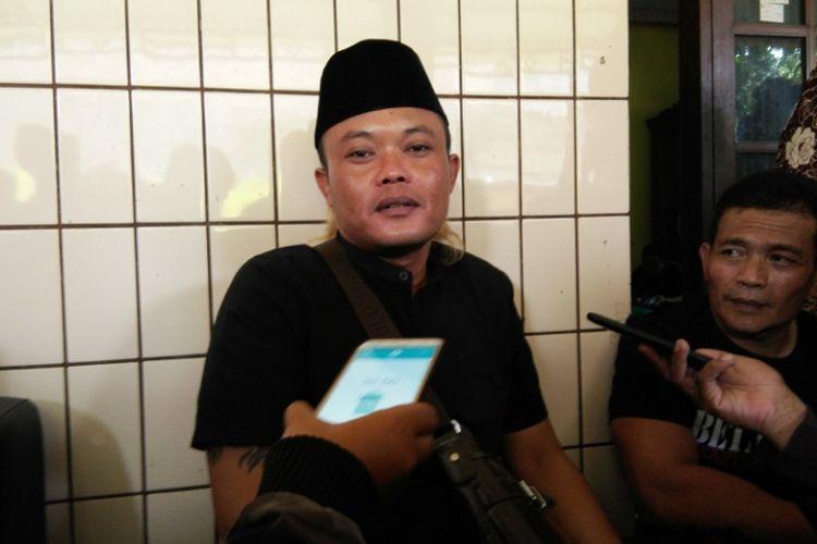 Komedian Sule saat ditemui di kediaman orangtuanya, Gang Alpakah, Jalan Kamarung, Kelurahan Citereup, Kecamatan Cimahi Utara, Jawa Barat, Rabu (11/10/2017)