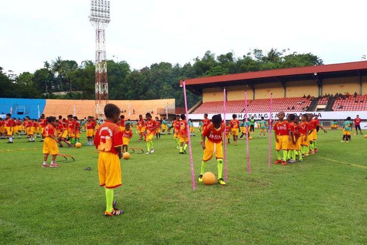 Pergelaran Bhayangkara Papua Football Festival 2017.