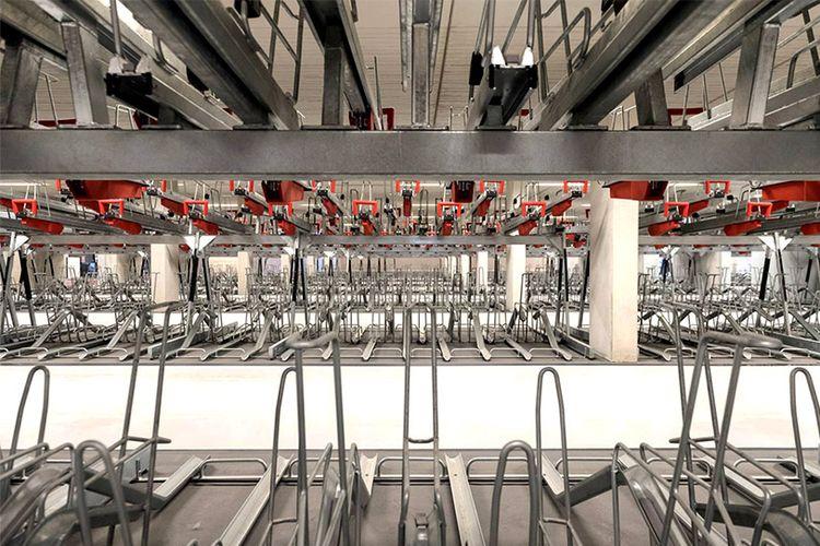 Garasi sepeda terbesar dibuka di Belanda.