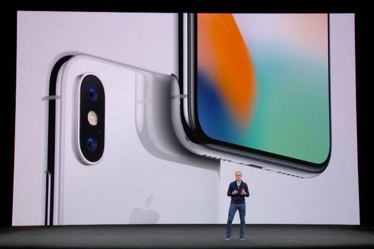 iPhone X saat dirilis, Selasa (12/9/2017).