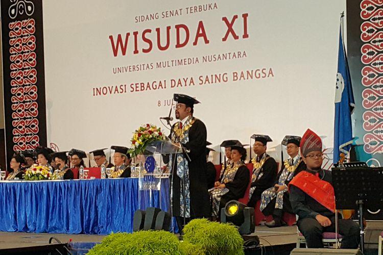 Suasana wisuda XI Universitas Multimedia Nusantara (UMN) yang kental dengan nuansa budaya batak, Sumatera Utara, digelar di Indonesia Convention Exhibition (ICE) CBD Serpong, Tangerang Selatan, Sabtu (8/7/2017).