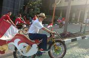 Menteri Yasonna Menghias dan Menggowes Sepeda dari Jokowi