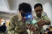 Mahasiswa UMM Ciptakan Pendeteksi Uang Bagi Tuna Netra