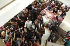 Kunjungi Mall Panakukang Makassar, Jokowi Beli Kemeja Diskon 25 Persen