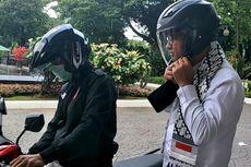 Naik Ojek Online ke Balai Kota, Gubernur Anies Pakai Helm Pribadi