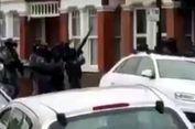 Seorang Wanita Ditembak dalam Penggerebekan Teroris di London