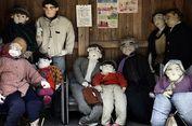 Kekurangan Populasi, Seniman Ini Bikin 350 'Penduduk' dari Boneka