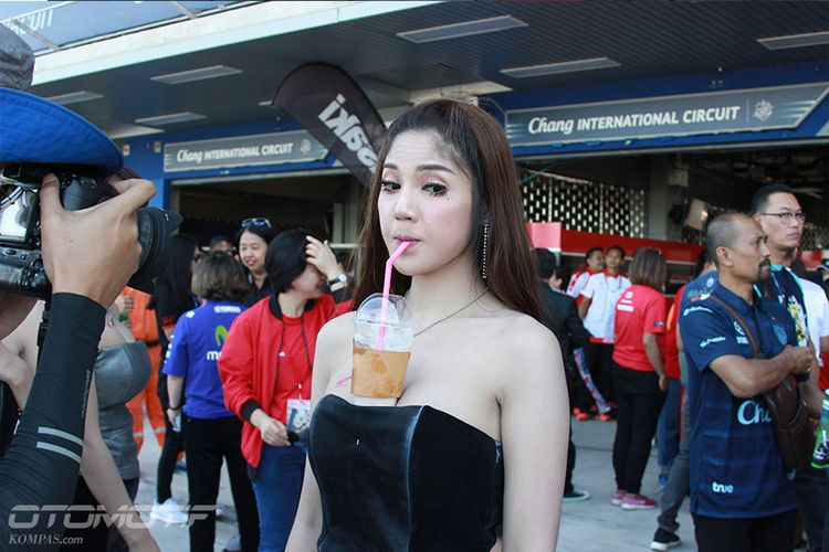 Grid Girls Sirkuit Buriram, Thailand - 19.