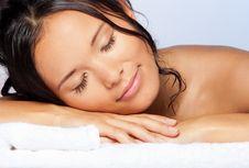 Bahaya Tidur dengan Rambut Basah
