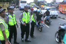Kecelakaan Karambol Libatkan Bus dan Alphard, Satu Orang Tewas