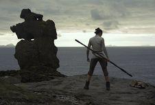 'Star Wars: The Last Jedi', Menemukan Pahlawan yang Hentikan Perang