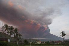 Erupsi Gunung Agung, Jokowi Minta Menhub Perhatikan Keselamatan Penerbangan