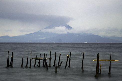 Gunung Agung Erupsi, Ketua Asita Berharap Wisatawan Tak Batal ke Bali