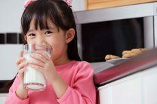 Efek Samping Konsumsi Susu Tinggi Kalori untuk Anak
