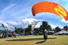Paralayang di Majalengka, Disuguhi Panorama Gunung Ciremai dan Hamparan Sawah
