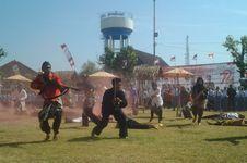 Drama Kolosal Perjuangan Bahurekso Awali Upacara HUT RI di Kendal